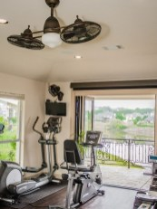 Astonishing Home Gym Room Design Ideas For Your Family 07