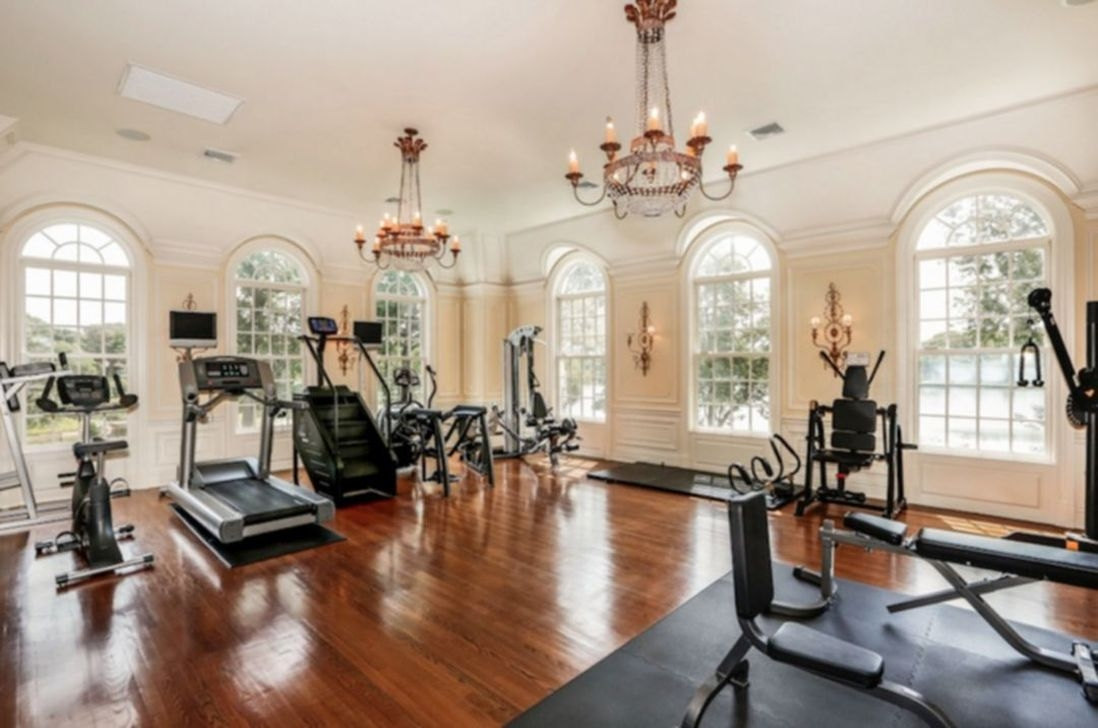 Astonishing Home Gym Room Design Ideas For Your Family 08