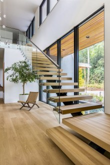 Best Minimalist Staircase Design Ideas You Must Have 29