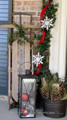 Charming Outdoor Décor Ideas For Christmas To Try 26