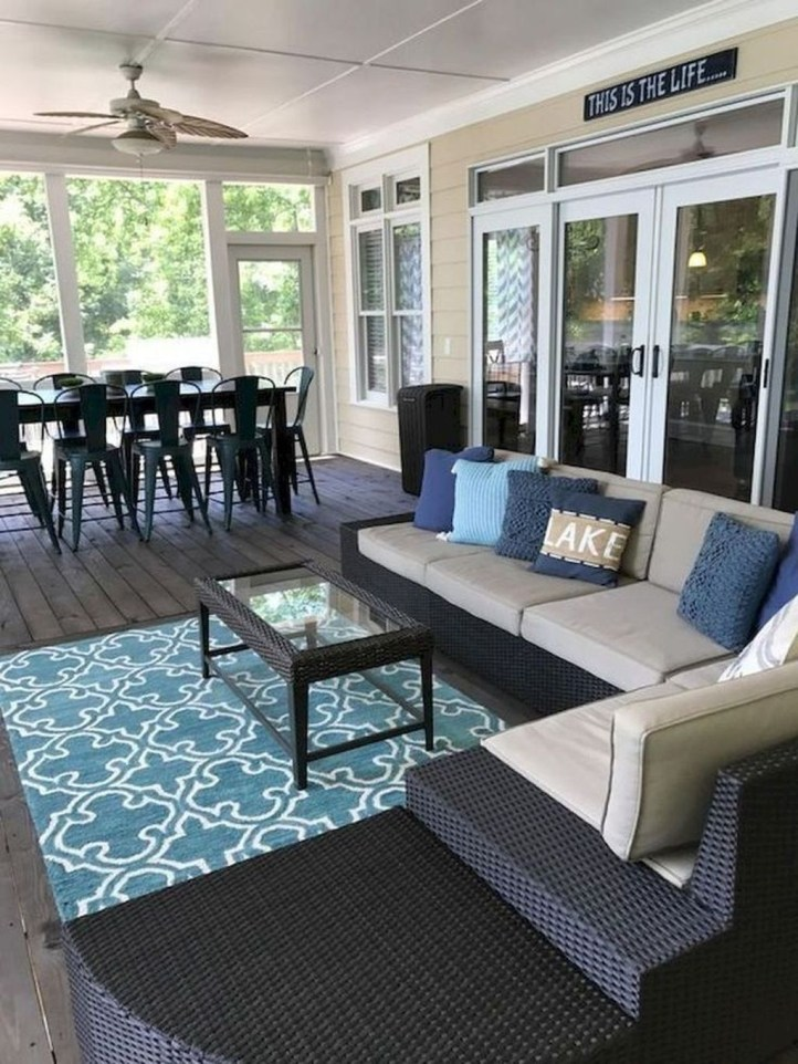 Comfy Porch Design Ideas To Try 01