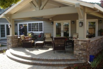 Comfy Porch Design Ideas To Try 17