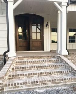 Comfy Porch Design Ideas To Try 52