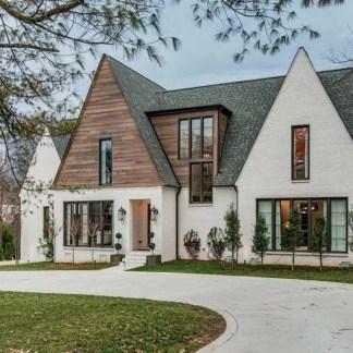 Cute Farmhouse Exterior Design Ideas That Inspire You 03