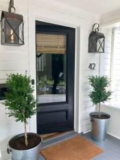 Cute Farmhouse Exterior Design Ideas That Inspire You 18