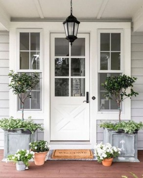 Perfect Porch Planter Design Idseas That Will Give Your Exterior A Unique Look 12