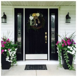Perfect Porch Planter Design Idseas That Will Give Your Exterior A Unique Look 24