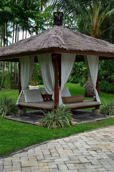 Stylish Gazebo Design Ideas For Your Backyard 35
