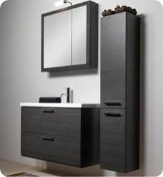 Wonderful Single Vanity Bathroom Design Ideas To Try 11