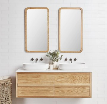 Wonderful Single Vanity Bathroom Design Ideas To Try 34