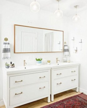 Wonderful Single Vanity Bathroom Design Ideas To Try 44