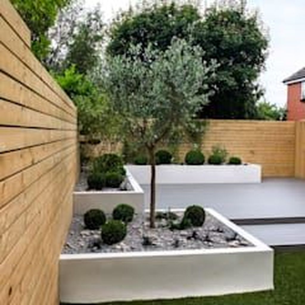 Adorable Garden Design Ideas With Low Maintenance14