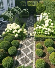 Best Ideas For Formal Garden Design37