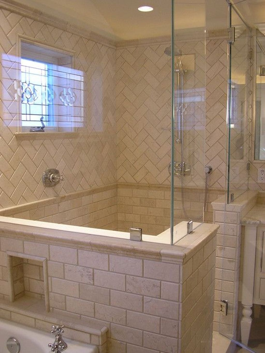 Fabulous Bathroom Shower And Tub Designs Ideas07
