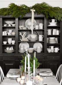 Gorgeous Dining Room Hutch Décor Ideas03