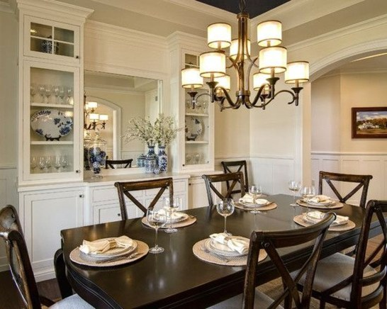 Gorgeous Dining Room Hutch Décor Ideas10