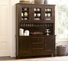Gorgeous Dining Room Hutch Décor Ideas14