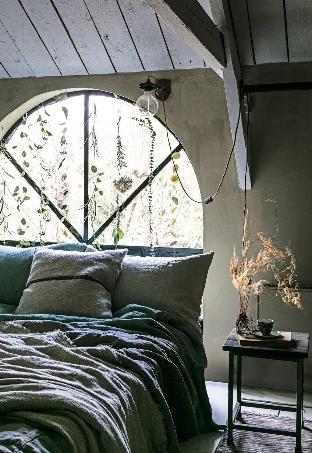 Modern Window Decor Ideas For The Bedroom11