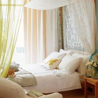 Totally Inspiring Inexpensive Bedroom Décor Ideas23