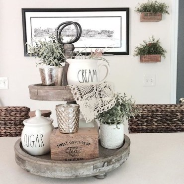 Adorable Fall Home Decor Ideas With Farmhouse Style19