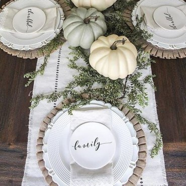 Adorable Fall Home Decor Ideas With Farmhouse Style20