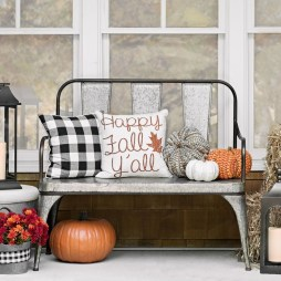 Adorable Fall Home Decor Ideas With Farmhouse Style25