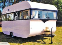 Adorable Vintage Travel Trailers Remodel Ideas21