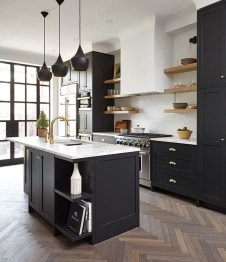 Affordable Black And White Kitchen Cabinets Ideas03