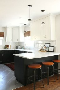 Affordable Black And White Kitchen Cabinets Ideas33
