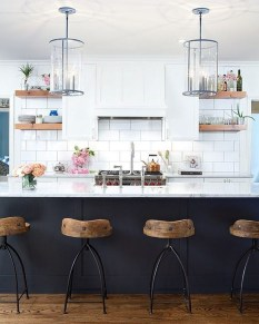 Affordable Black And White Kitchen Cabinets Ideas35