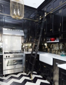 Best Ideas For Black Cabinets In Kitchen29