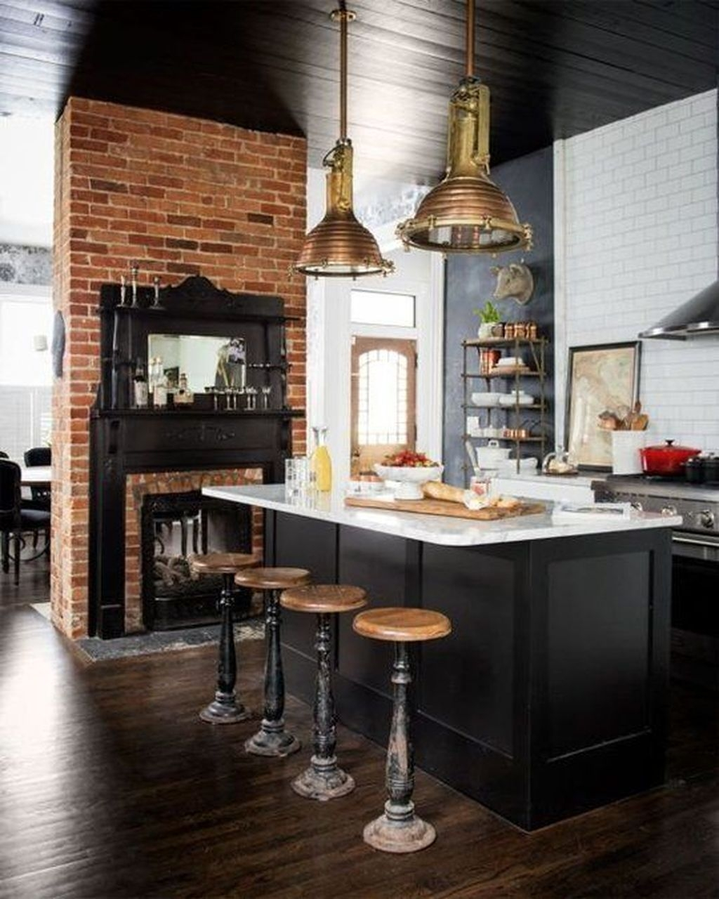 Best Ideas For Black Cabinets In Kitchen39