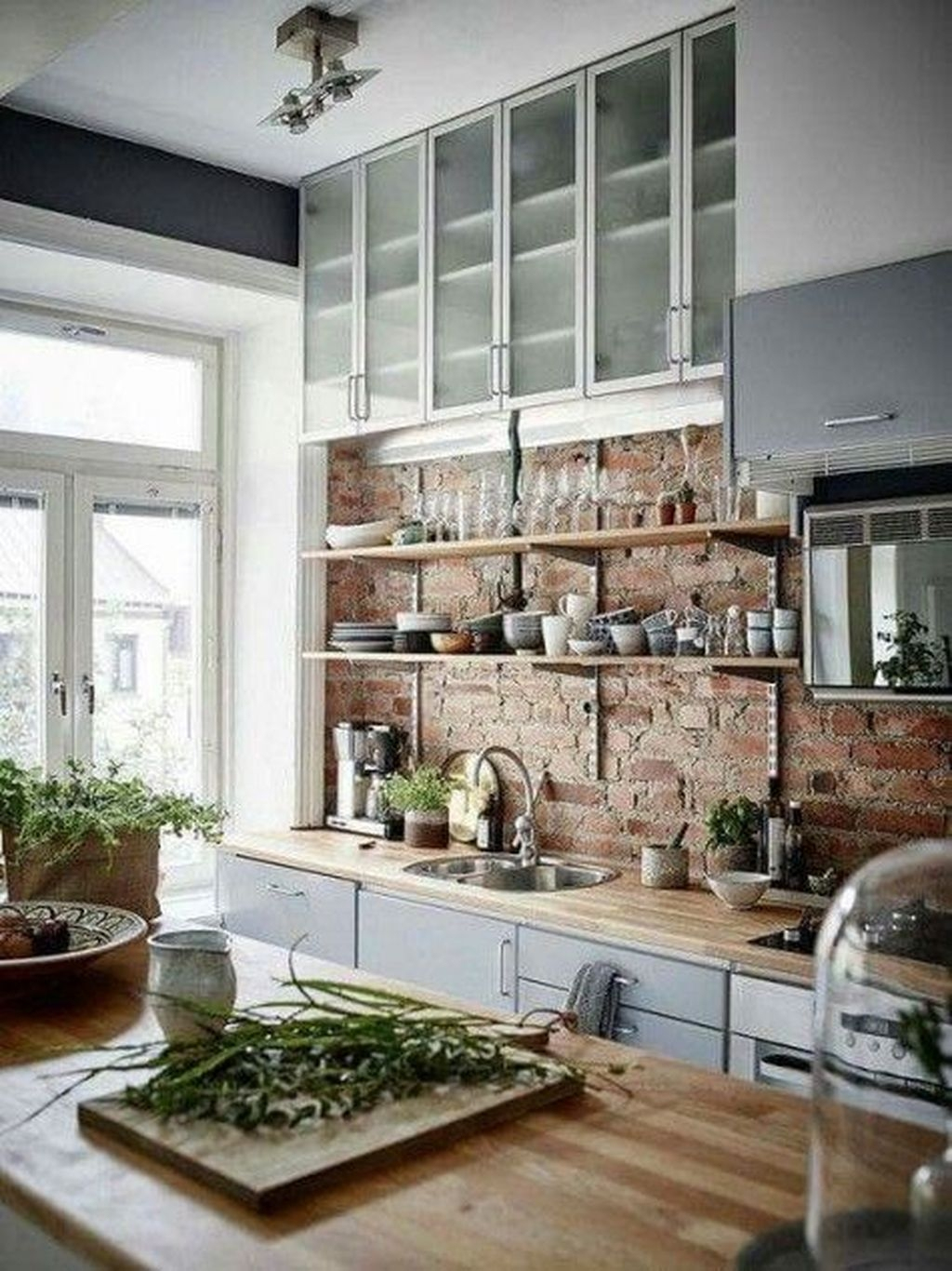 Best Ideas For Kitchen Backsplashes Decor With Pros And Cons22