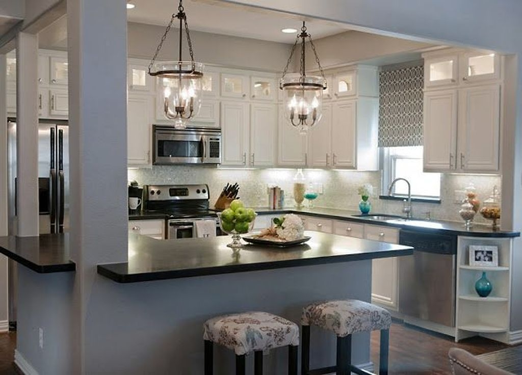 Comfy Kitchen Remodel Ideas For Small Kitchen31