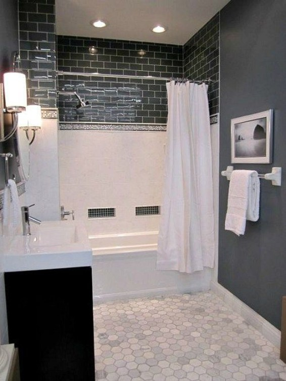 Modern Farmhouse Design For Bathroom Remodel Ideas46