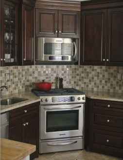 Awesome Small Kitchen Remodel Ideas27
