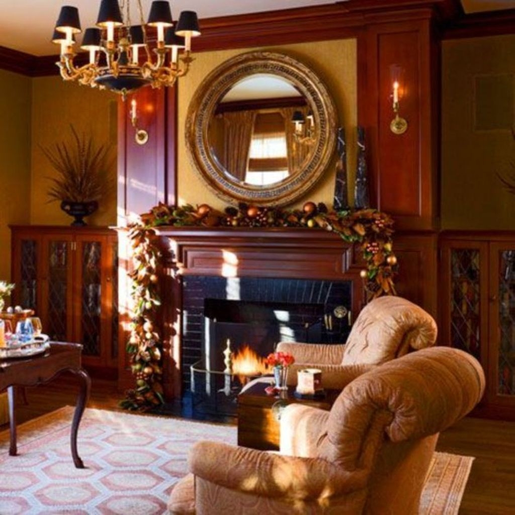 Best Ways To Decorate Your Circle Mirror With Garland03