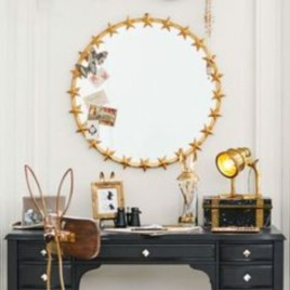 Best Ways To Decorate Your Circle Mirror With Garland14