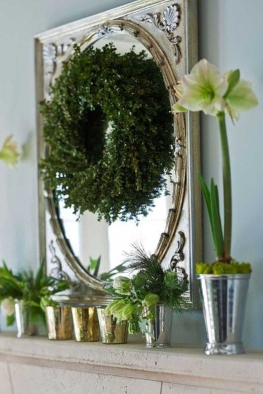 Best Ways To Decorate Your Circle Mirror With Garland35