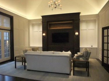 Fascinating Flying Crown Molding Ideas38