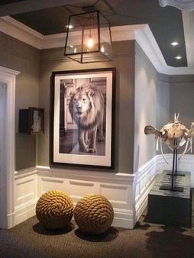 Fascinating Flying Crown Molding Ideas40
