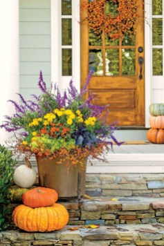 Gorgeous Outdoor Design Ideas For Fall26