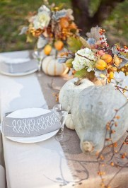 Lovely White And Orange Pumpkin Centerpieces For Fall And Halloween Table05