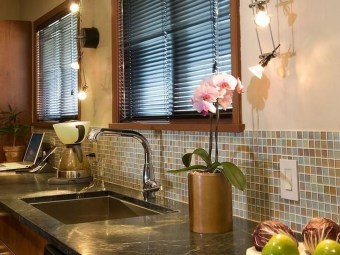Popular Summer Kitchen Backsplash Ideas25