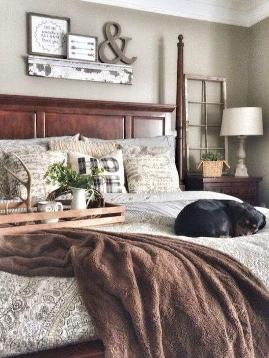 Amazing Farmhouse Style For Cozy Bedroom Decorating Ideas34