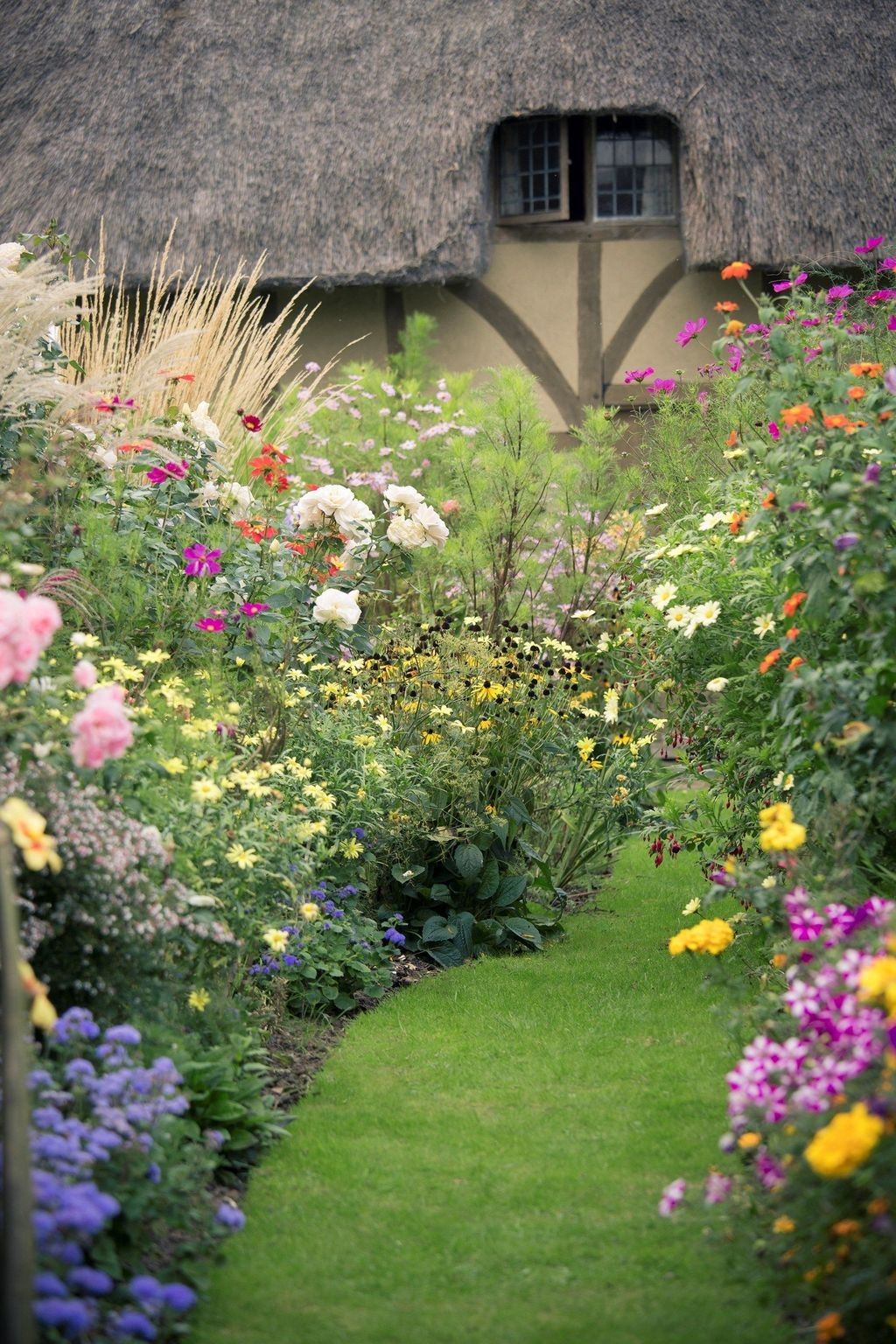 Awesome Cottage Garden Design Ideas For Your Dream House42