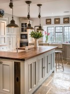 Awesome Farmhouse Kitchen Cabinets Design Ideas29