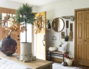 Charming Home Fall Decorating Ideas With Farmhouse Style18