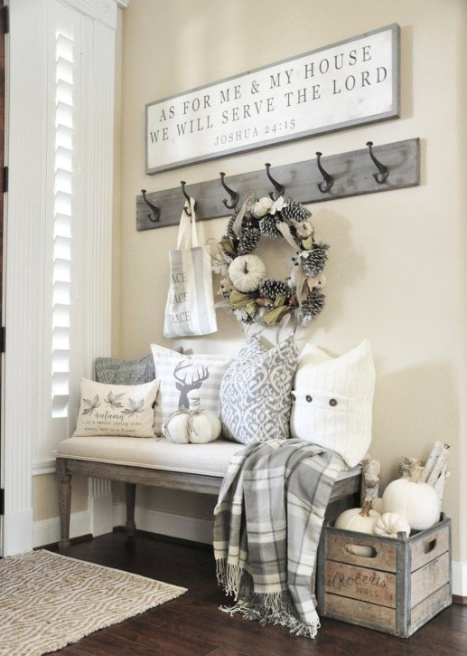 Charming Home Fall Decorating Ideas With Farmhouse Style50