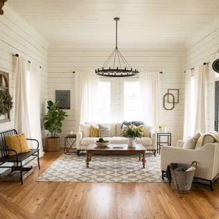 Comfy Farmhouse Living Room Decor And Design Ideas10